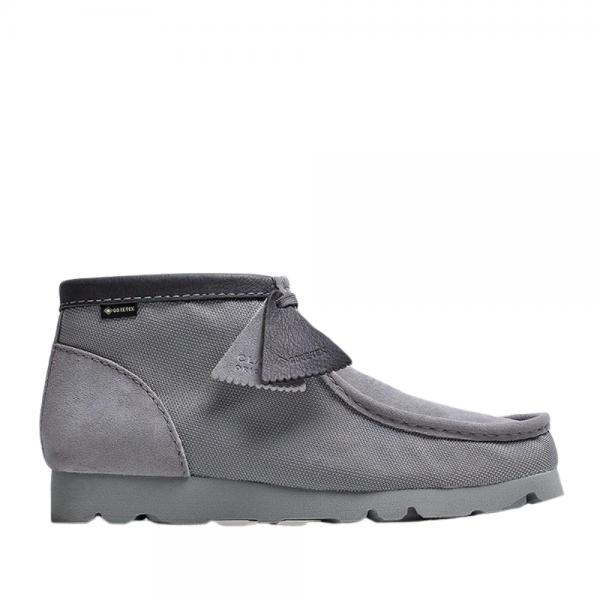 Clarks Wallabee Boot GTX (light grey text)